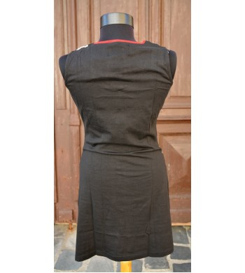 Rochie office in dungi albe si negre